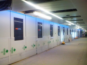 Ten more screens for Gatwick Airport